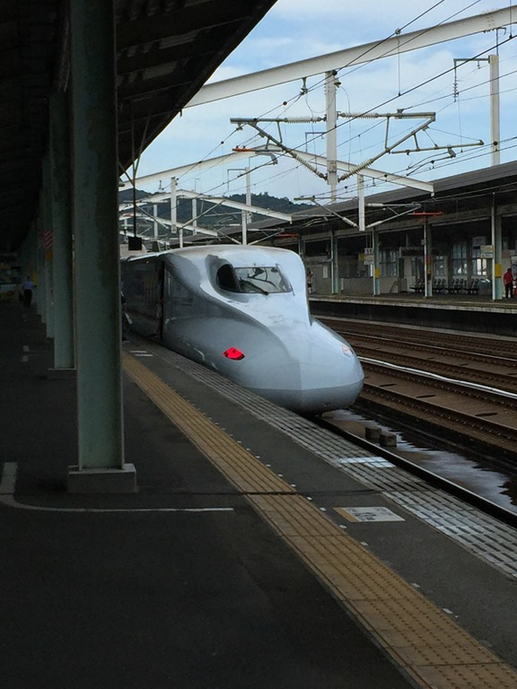 新山口駅 新幹線ホームで新幹線を見るー24 2016.7